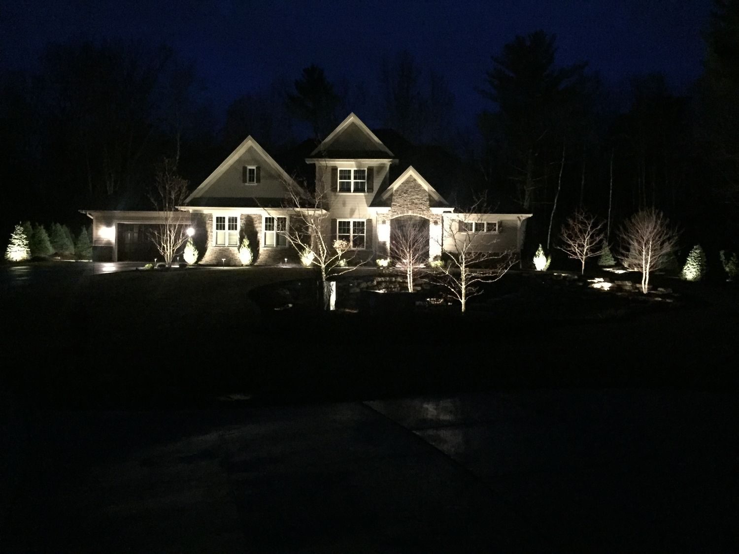 Kicking Off The 2017 Season With Landscape Lighting The