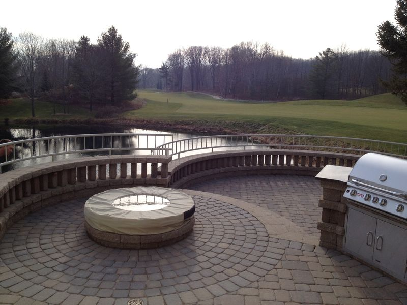 Hardscape Retaining Walls Patios Water Features Green
